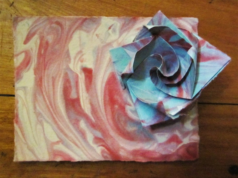 Illusory Paper Marbling and Sculpture