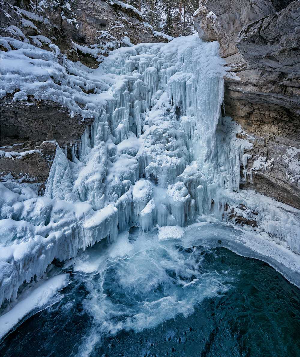 Johnston Canyon Lower Falls.jpg