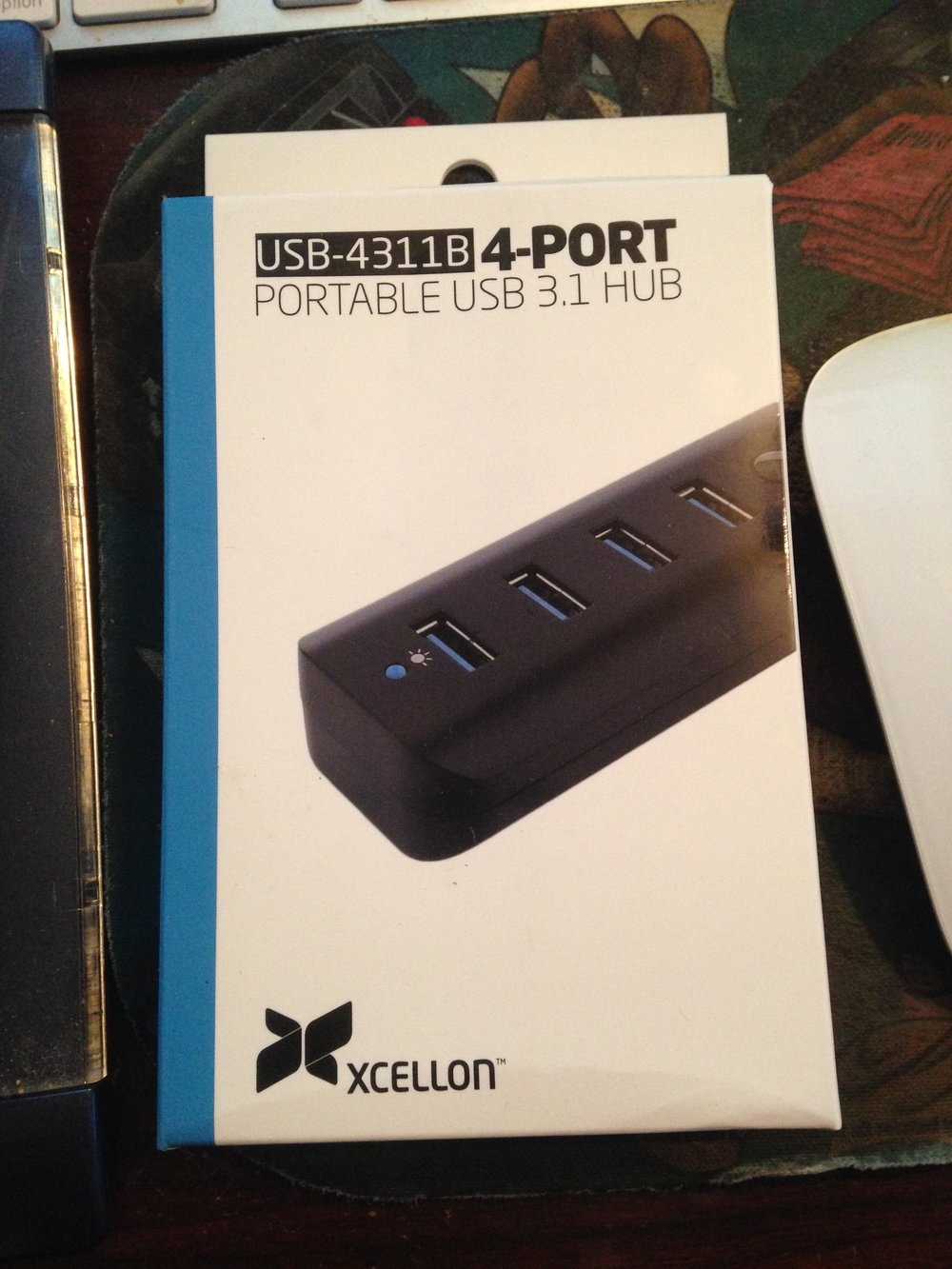 Last but not least is a new USB hub.. When doing my whole office organization thing I realized that my current USB hub was only USB 2 so with the new USB 3 hub my card transfers should be a tad faster!