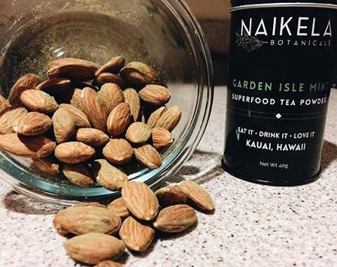 Yummy DIY almond toppings with @naikelabotanicals tea powders repost via @akhimama !!! 🙌🏼💗 I can't wait to make a batch of Kauai Chai + Wahine almonds!!! Thanks for the idea girl! *Our tea powder are herbs + botanicals grown in Kauai, hand harvested + solar dehydrated by the sun !!! _______________________________________________#Naikelabotanicals #Eatitdrinkitloveit #Superfoodtea #lifestyleonthego #snack #snacks #snacktime #snacking #plantbased #nut #almonds #Kauaicleanse #healthylifestyle #rawfood #rawfooddiet #healthiswealth #yummysnack #yummy #kauai #hawaii #oahu #maui #bigisland #luckywelivehawaii #kauailife #kauaiaswhy