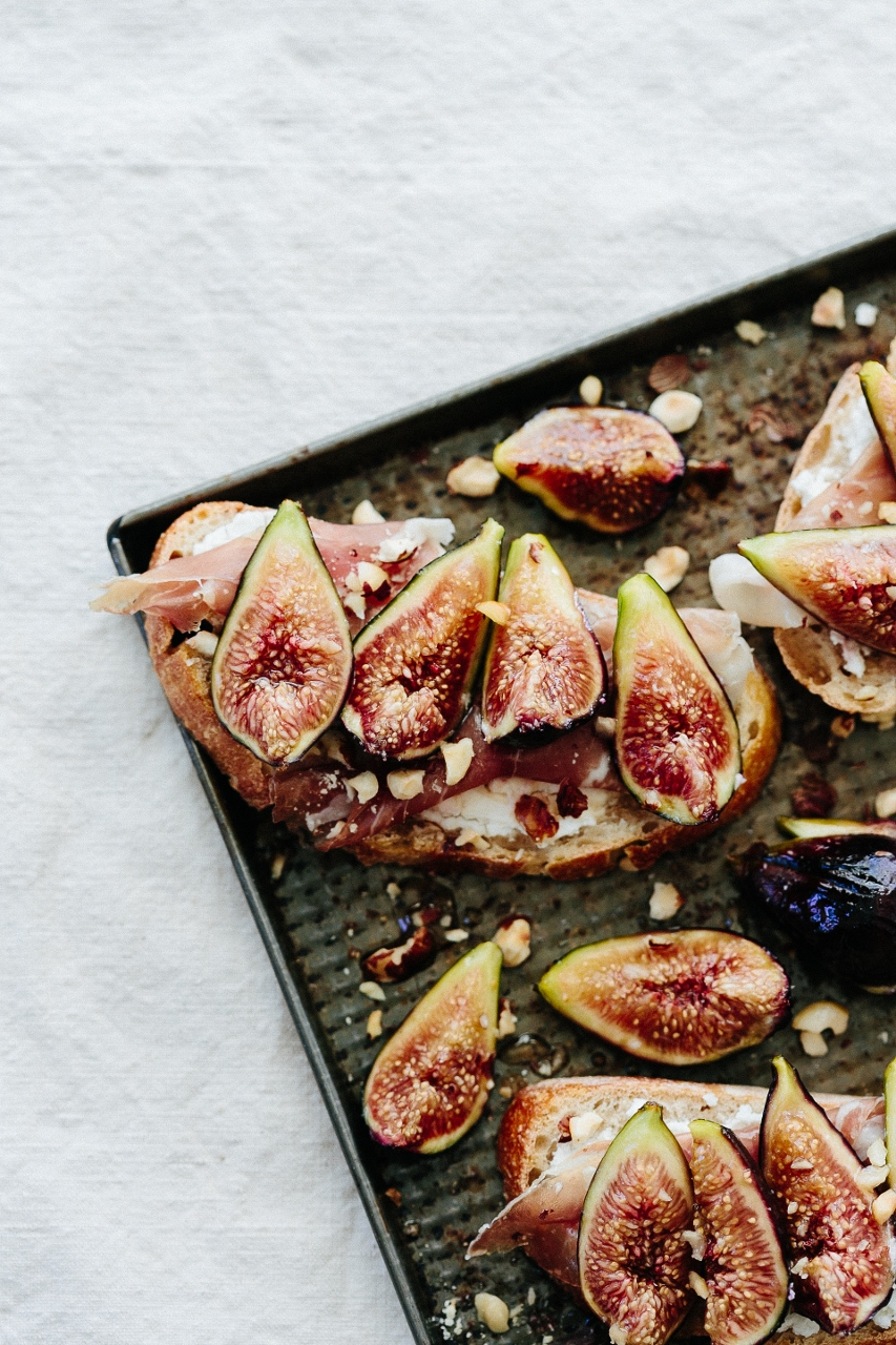 Roasted figs with goat cheese toast Vy Tran (9 of 15) (853x1280).jpg