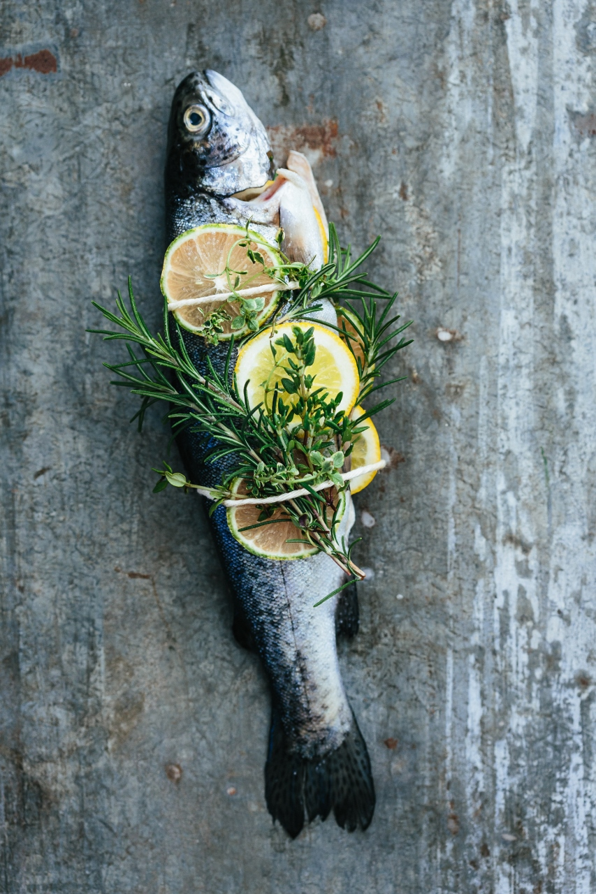 Grilled trout with lemon and herbs Vy Tran (2 of 6) (853x1280).jpg