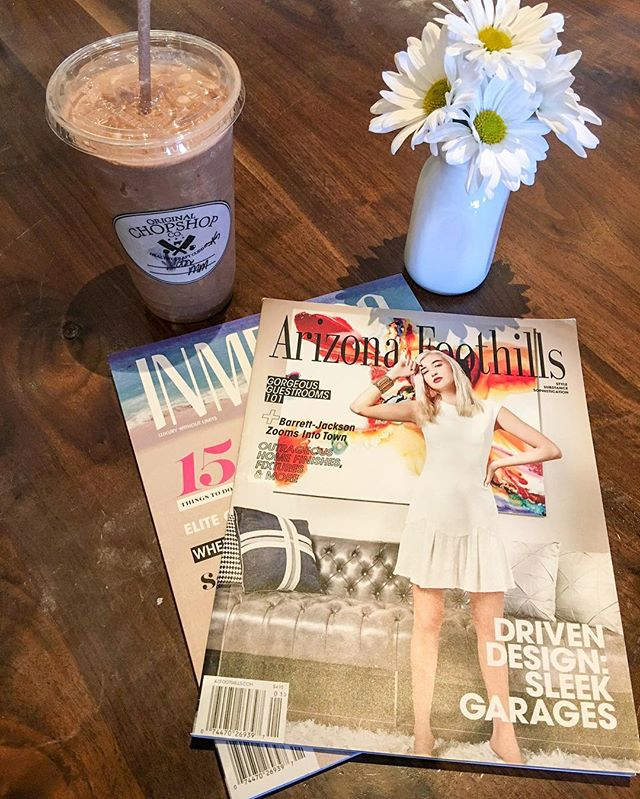 The latest issue of #Azfoothills has an amazing fashion spread and some refreshing content. Check it out today! #Style #Substance #Sophistication