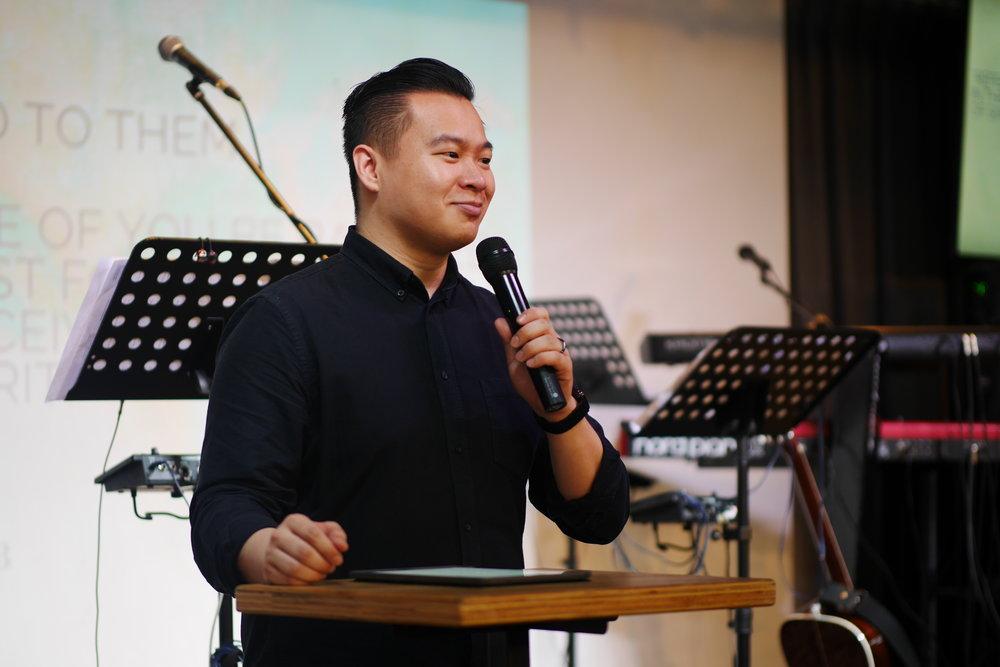 ANDRE TAN   Pastor