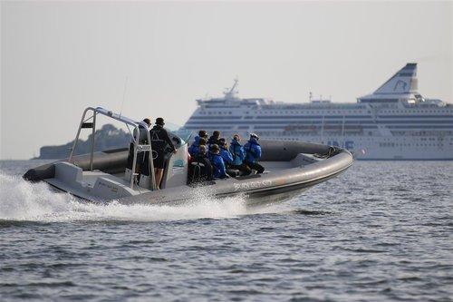 Burn Out City%27s RIB -boat safaris (16).JPG