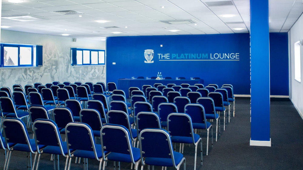 Platinum-Lounge-2.jpg