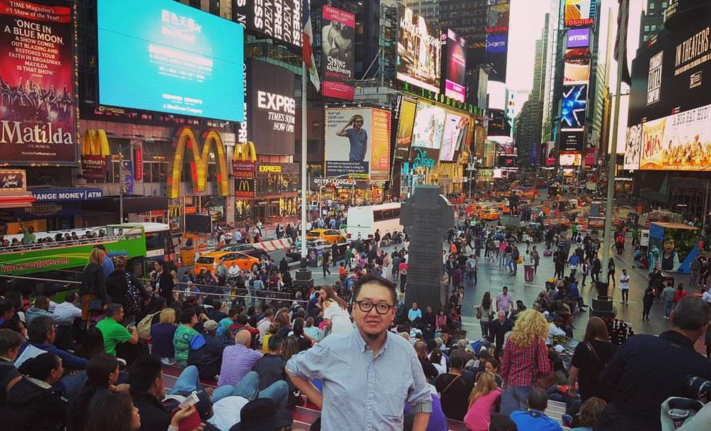 steve lee new york time square.jpg