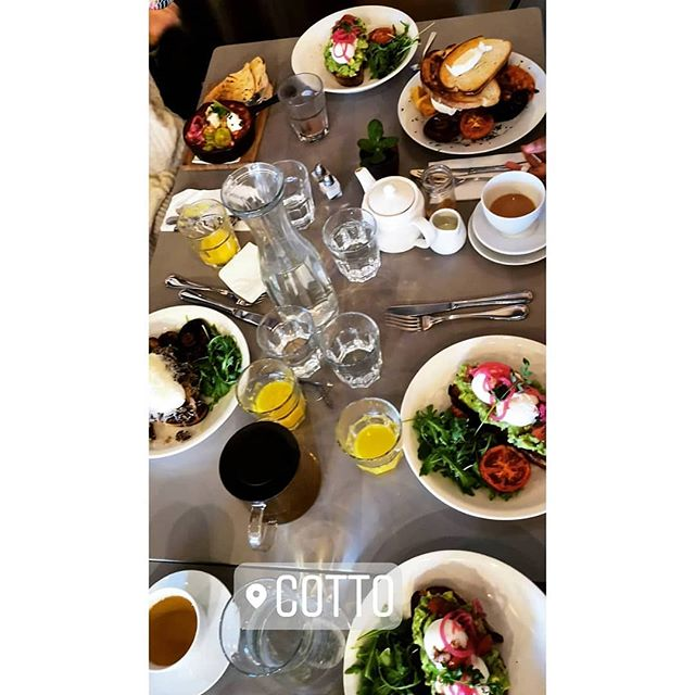 Brunch is on...even if one of our shutters is down 🙈