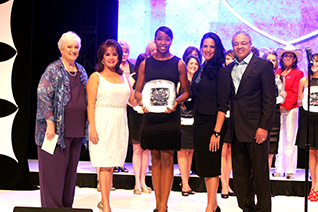 eWOMEN nETWORK AWARD CEREMONY WITH FOUNDER SANDRA YANCEY