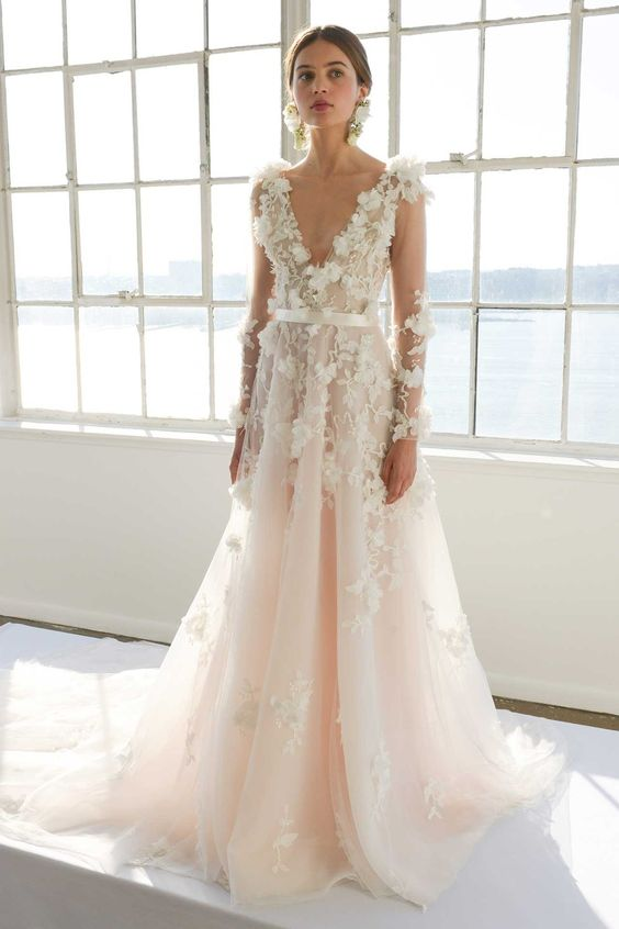 Marchesa 2017 bridal collection. Image credit first view.