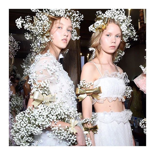 Can we talk about @rodarte simply the dream 🙌🏻 📷 @voguebeauty @jasonlloydevans