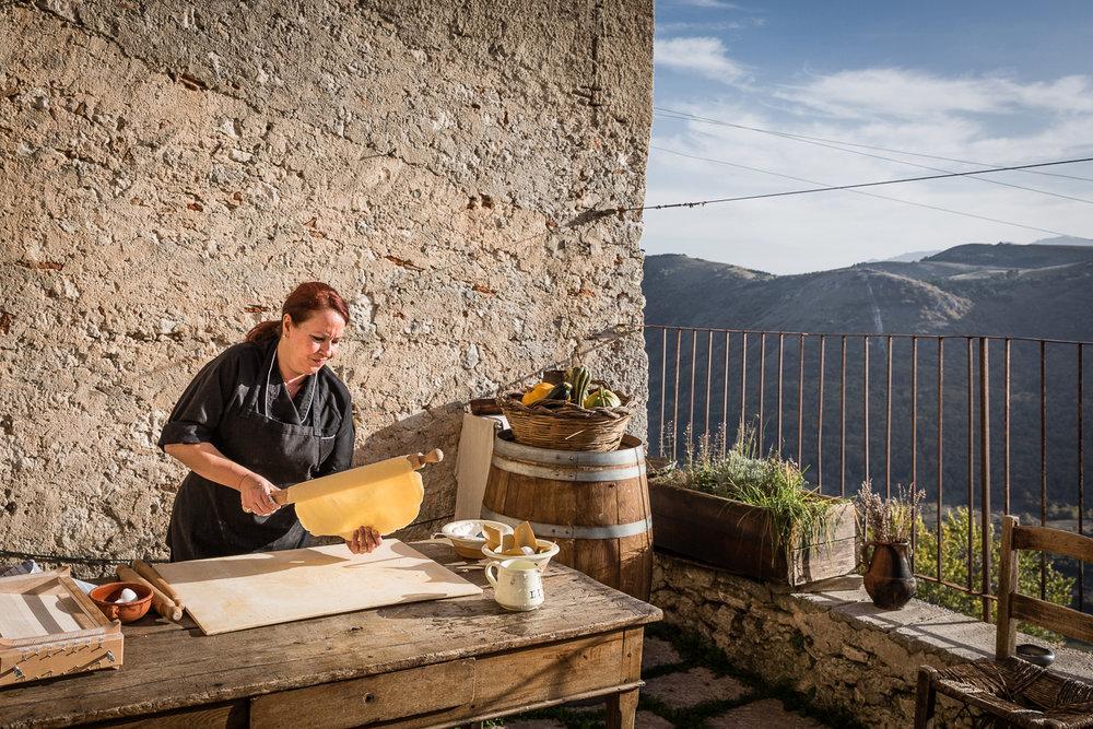 Rika Vanhove, De Morgen Magazine, Spaghetti for Amatrice, Sextantio .jpg