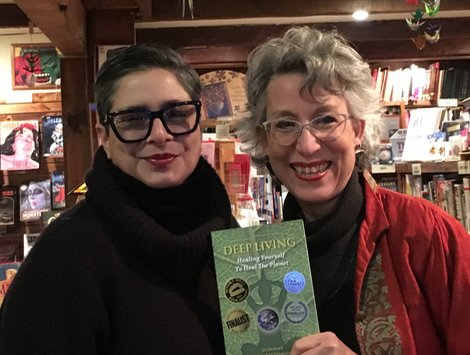 Susanne with Book Shoppe manager Maria Stasolla