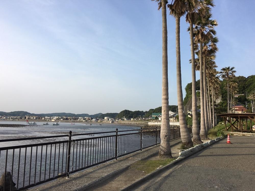 UNICON #13 -6月25日(土)- Kamakura Seaside BBQ  夏の鎌倉の海辺で出会う 今回のユニコン「ユニコン@鎌倉~夏の鎌倉、育む恋心~」では、男性10人、女性10人※限定です!! 「どうせ出会えない、をなくす」ユニバーサルな社会参加のしくみ、ユニコンは、どなたでも参加できる、 出会いのイベントです。鎌倉、由比ガ浜で恋愛・友情を育める企画をご用意しています。皆様のご参加、お待ちしています。このページの下のフォームより、お申込み・お問い合わせをお願いします。 コンセプト 潮風香る由比ガ浜海岸。浜辺には海の家の建設が始まり、 砂浜には人々が集い、子供の声や笑い声があふれ夏の賑わいの足音が聞こえてきます。 そんな鎌倉を散策しながら、出逢いと,、美味しい鎌倉地産を食しながら、友情、恋心を育みましょう。 お申込みはこちらから