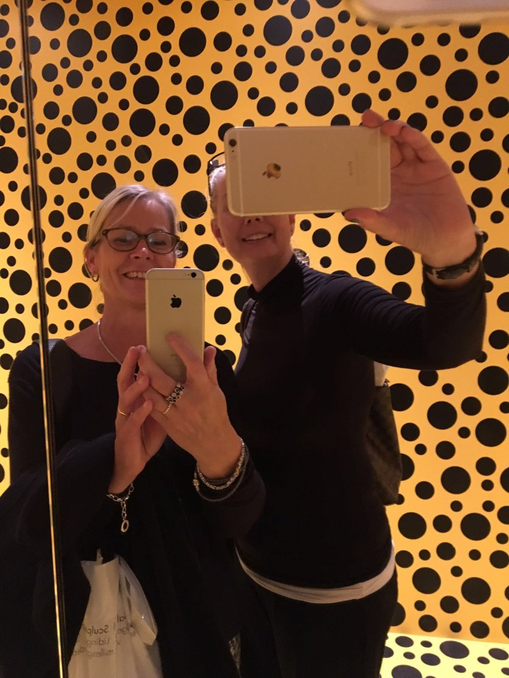 Gunnel and me in one of Yayoi Kusamas rooms, Moderna Museet 2016