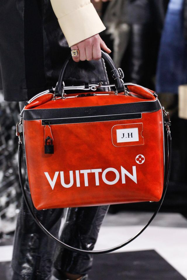 Louis Vuitton bag, looks like my old school bag. And you can't have too many LV-bags, right?
