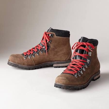 hiking boots.jpg