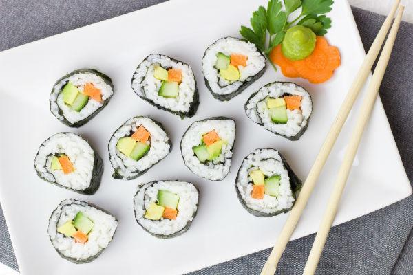 vegetarian-sushi-rolls.jpg