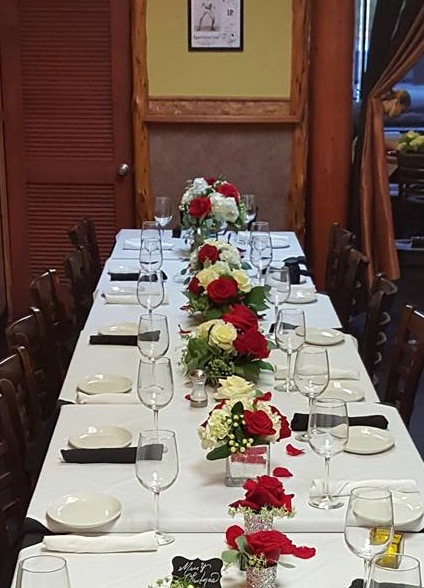 Holiday Table Setting For Cyclone Anaya's Woodway Party Room