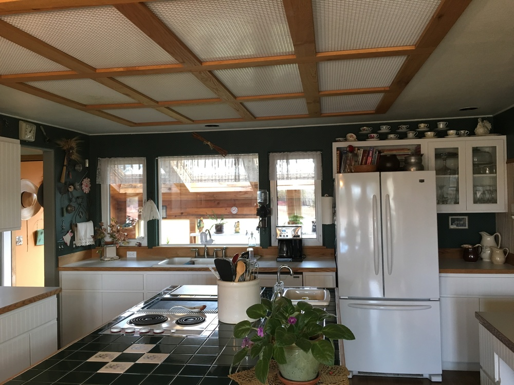 Flyer Kitchen.jpg
