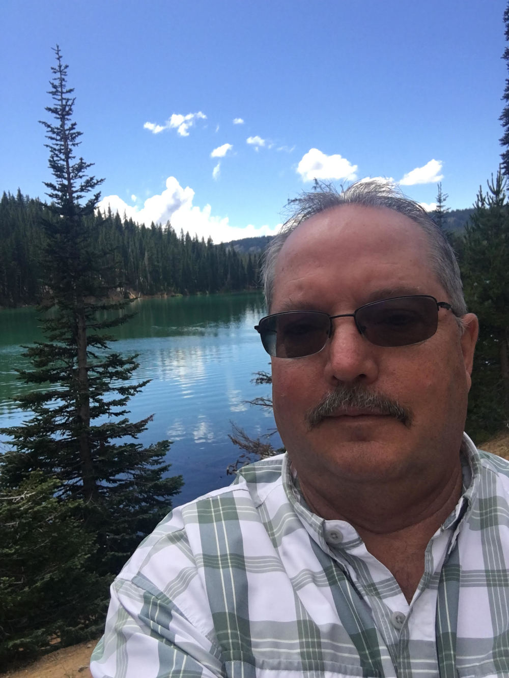 Robert smith bend oregon real estate
