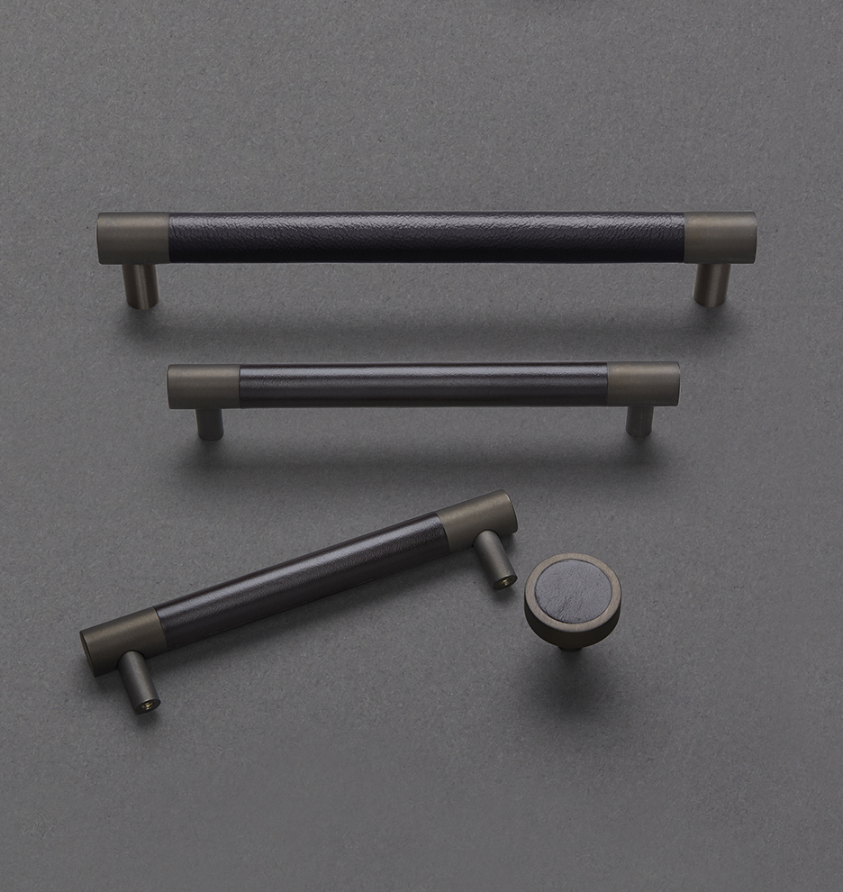 Rejuvenation Kennaston Drawer Pull, Color: Oil-Rubbed Bronze.