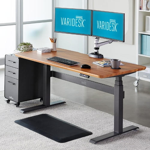 *image from Varidesk website of which I have no affiliation with…but this is like the Rolls Royce of standing desks.