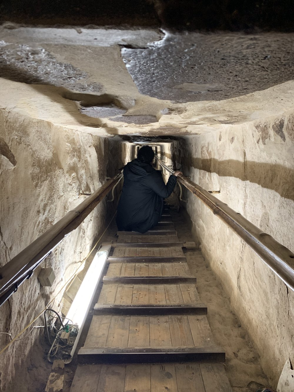 TRAVEL TO EGYPT INSIDE THE GREAT PYRAMIDS.JPG