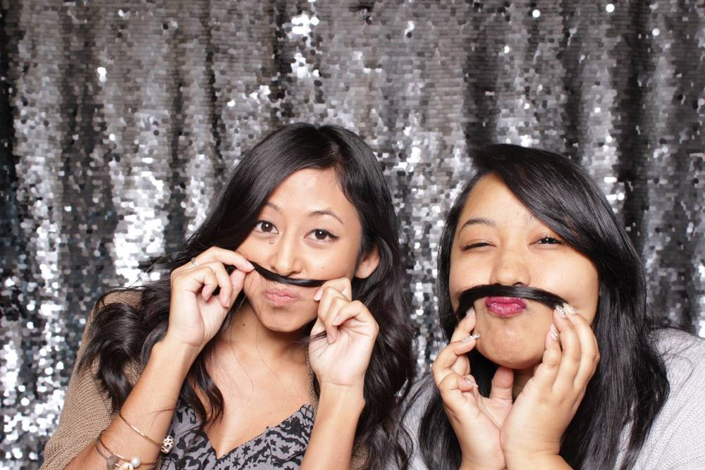 hawaii oahu photo booth rentals for wedding birthday graduation company corporate party gala dj flourist planner catering honolulu kaneohe 808
