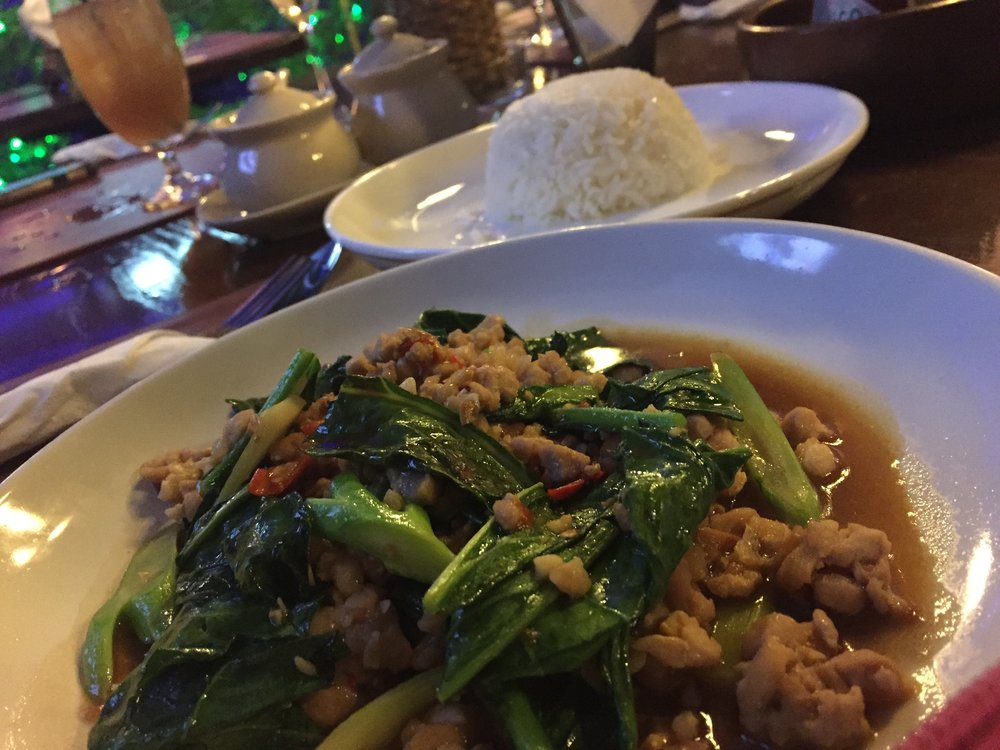 KA NA MHU SAB: Stir fry Thai kale with minced pork. LIFE!