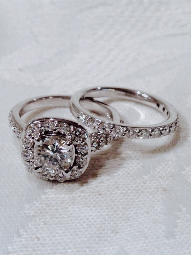 Round Cut Engagement Ring Reset