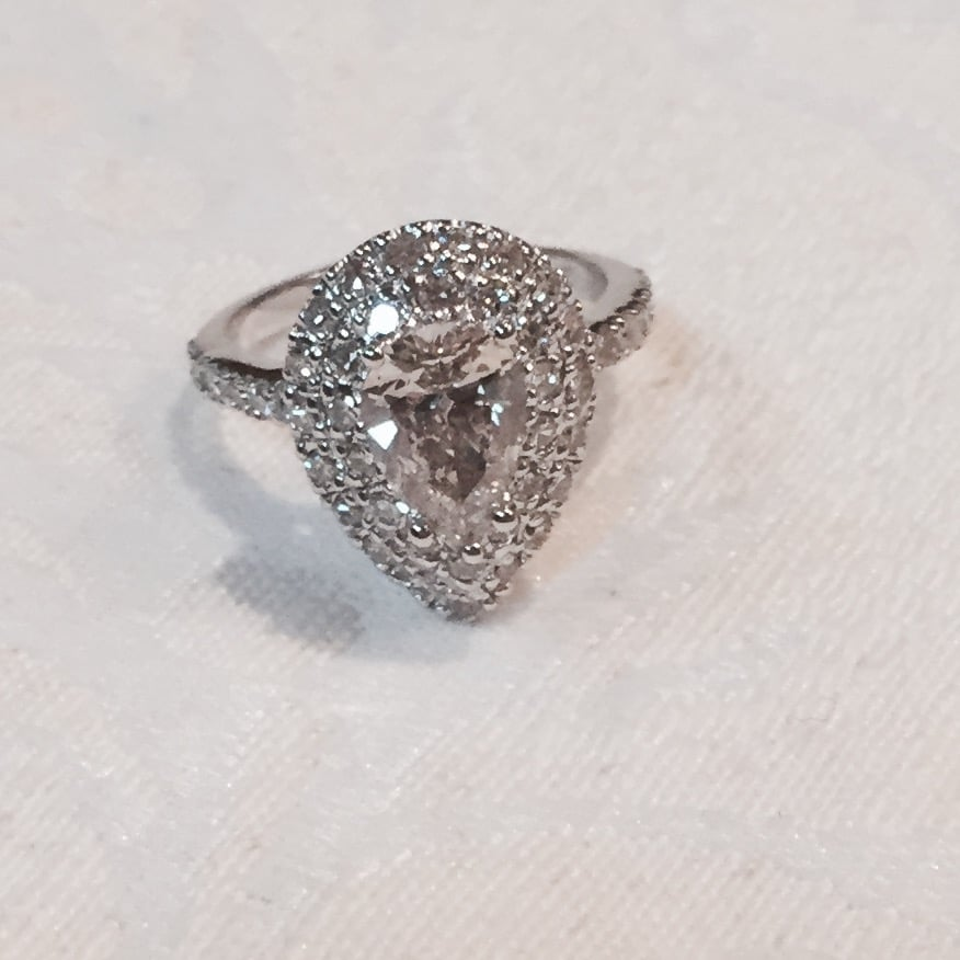 Pear Shape Diamond Reset