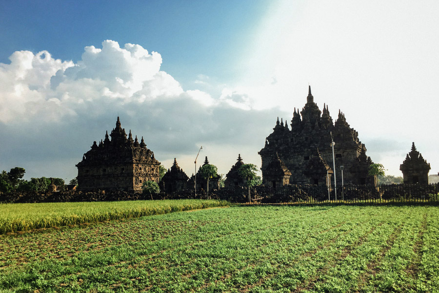 Madelene-Farin-Indonesia-0598.jpg