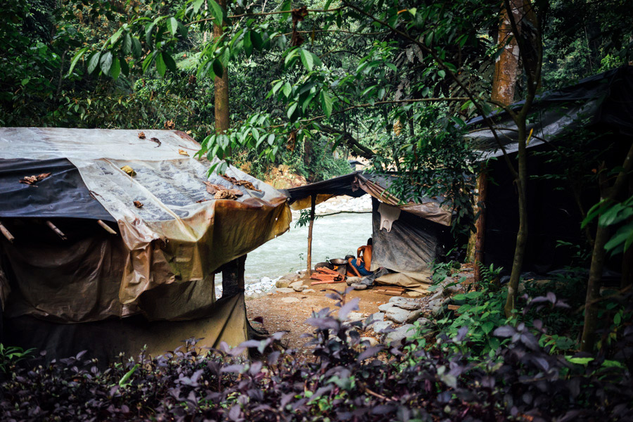 Madelene-Farin-Indonesia-0884.jpg