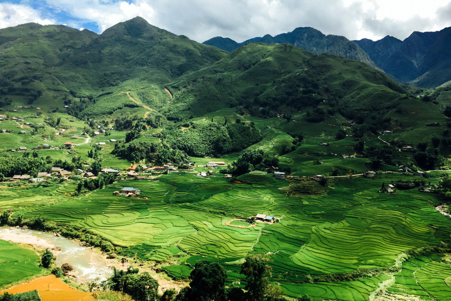 Breathtaking views of Sapa's valley.