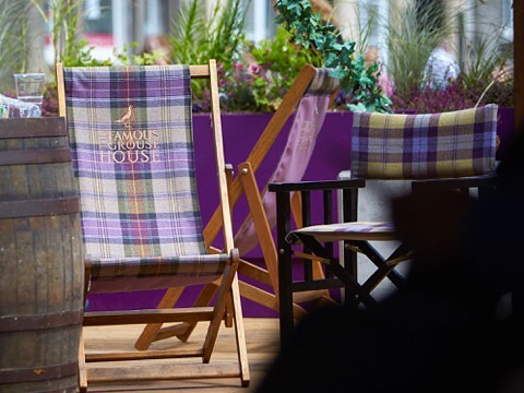 We were lucky enough to work on a special project for last years Edinburgh Fringe Festival, which saw the first @famousgrouse bar and venue open its doors to this amazing month long event! Who knows what this year will bring... #edfringe #edinburgh #famousgrouse #summer #fringefestival #bar #design #experiencial #tartan #scotland #bespoke #deckchair #bardesign