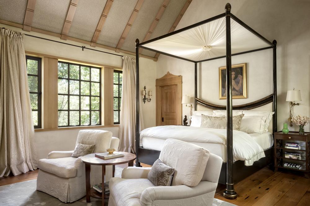 master bedroom_8089.jpg