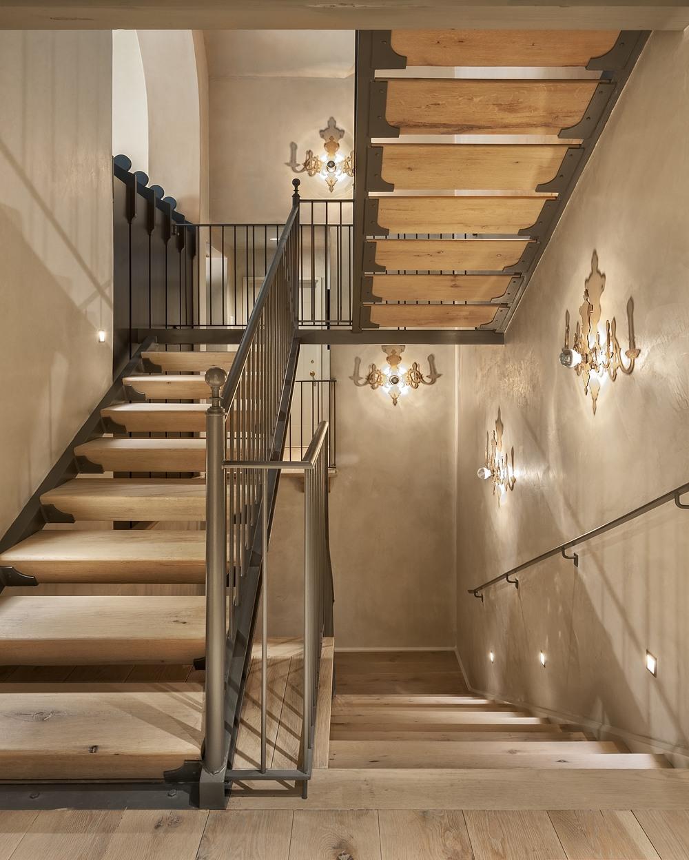 Stairway_09.jpg