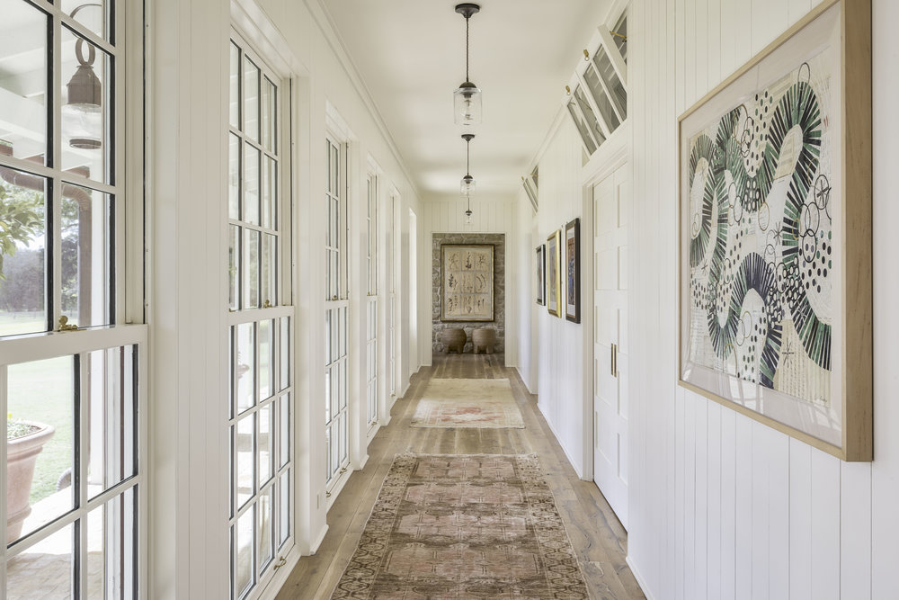 hallway12.jpg