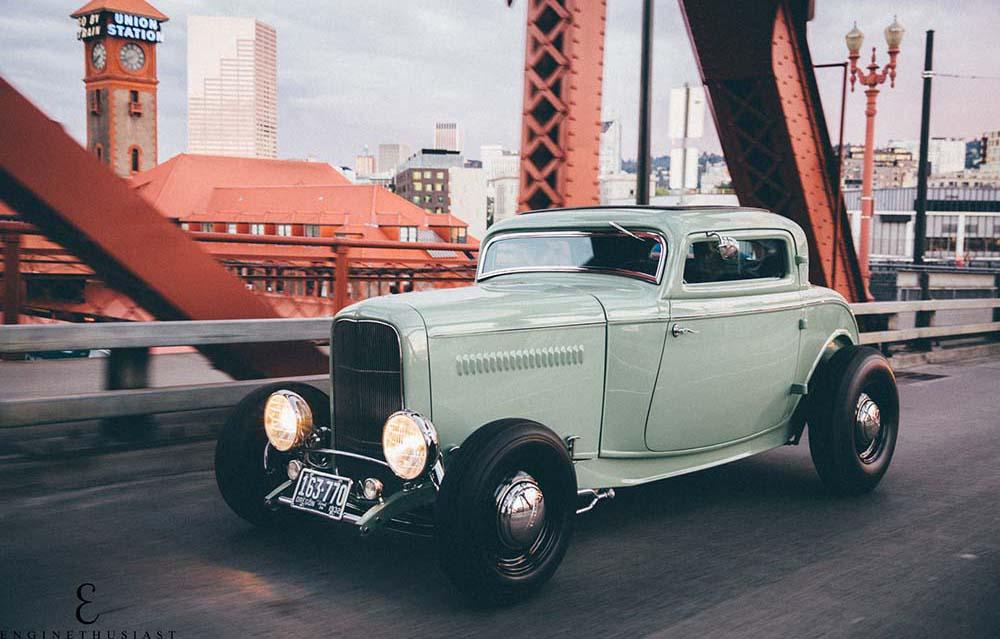 Minty Fresh: Bob M\'s 1932 Three Window Ford Coupe Hot Rod — Fuel Tank