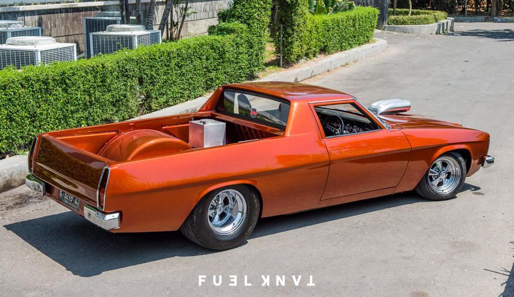 Custom Kingswood: Chopped & Tubbed 1975 Holden HJ Ute — Fuel Tank