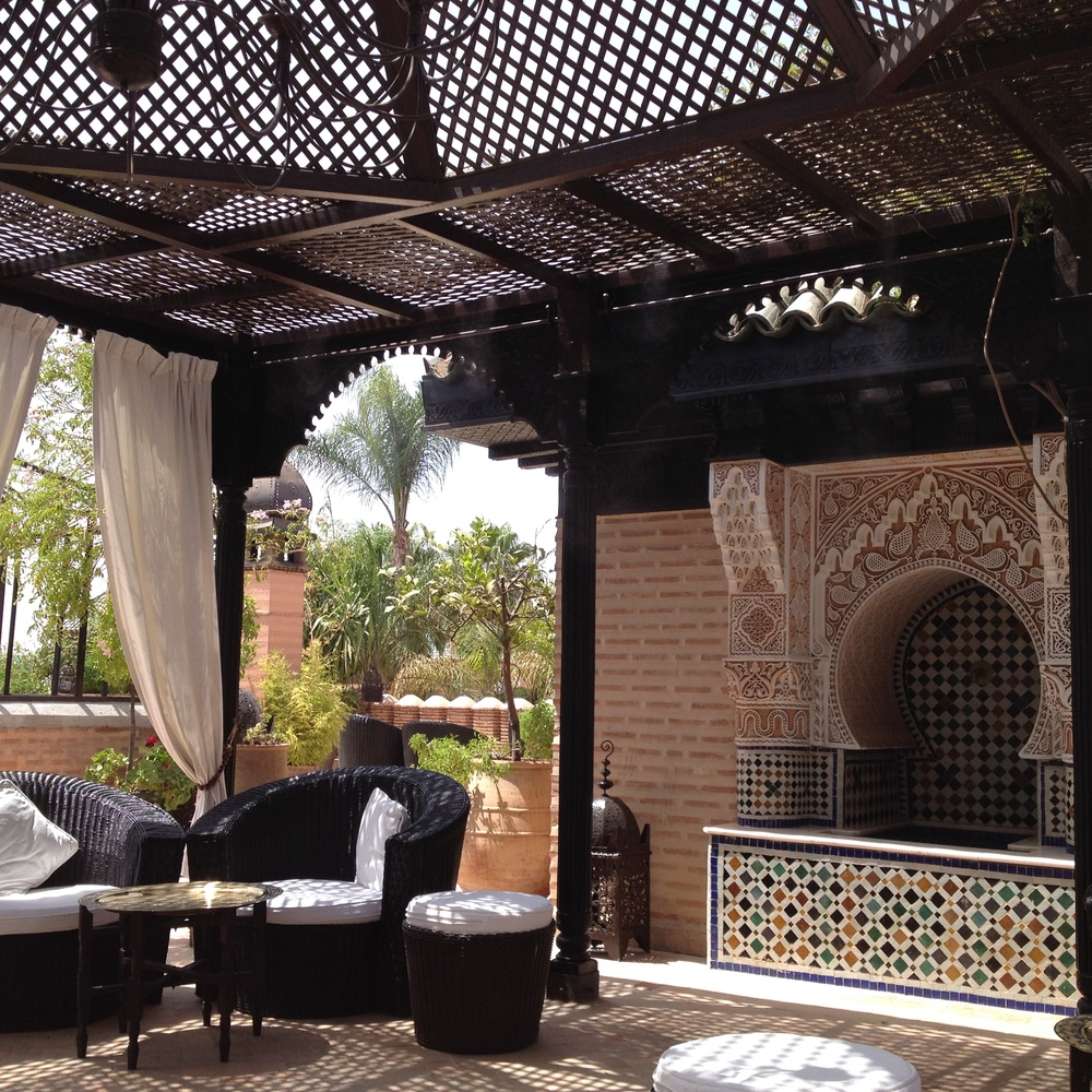 Our rooftop sitting area upon arrival :: Photo Credit: comusetravels.com