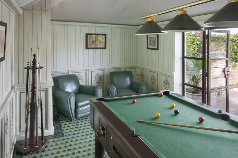 A billiard room on the rooftop :: Photo credit: La Sultana Hotels