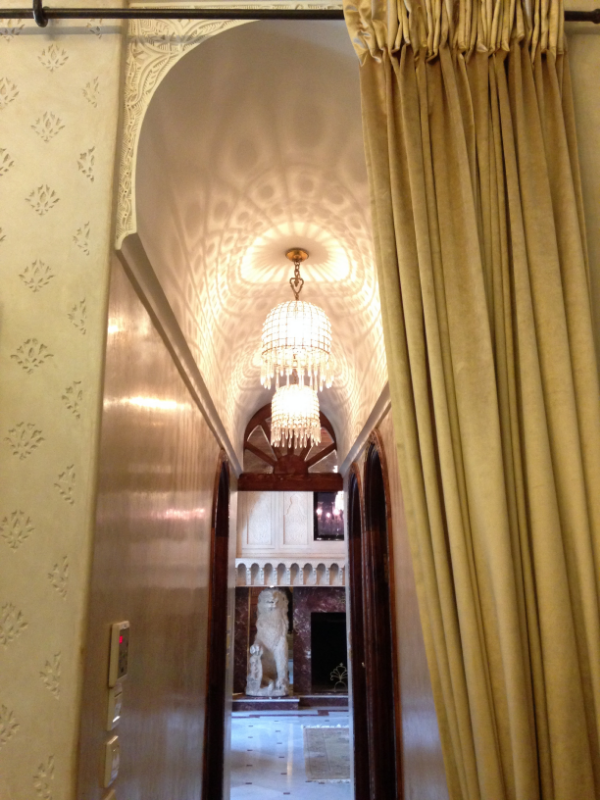 Our Suite's Hallway :: Photo Credit: comusetravels.com