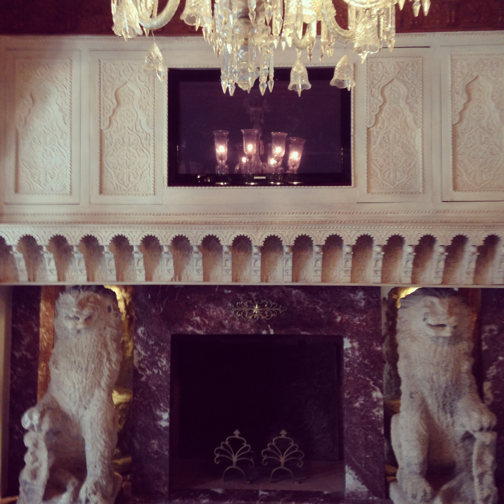 Our very own fireplace :: Photo Credit: comusetravels.com