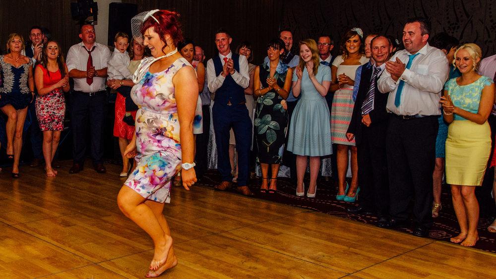 IRISH DANCING BEFORE THE FIRST DANCE