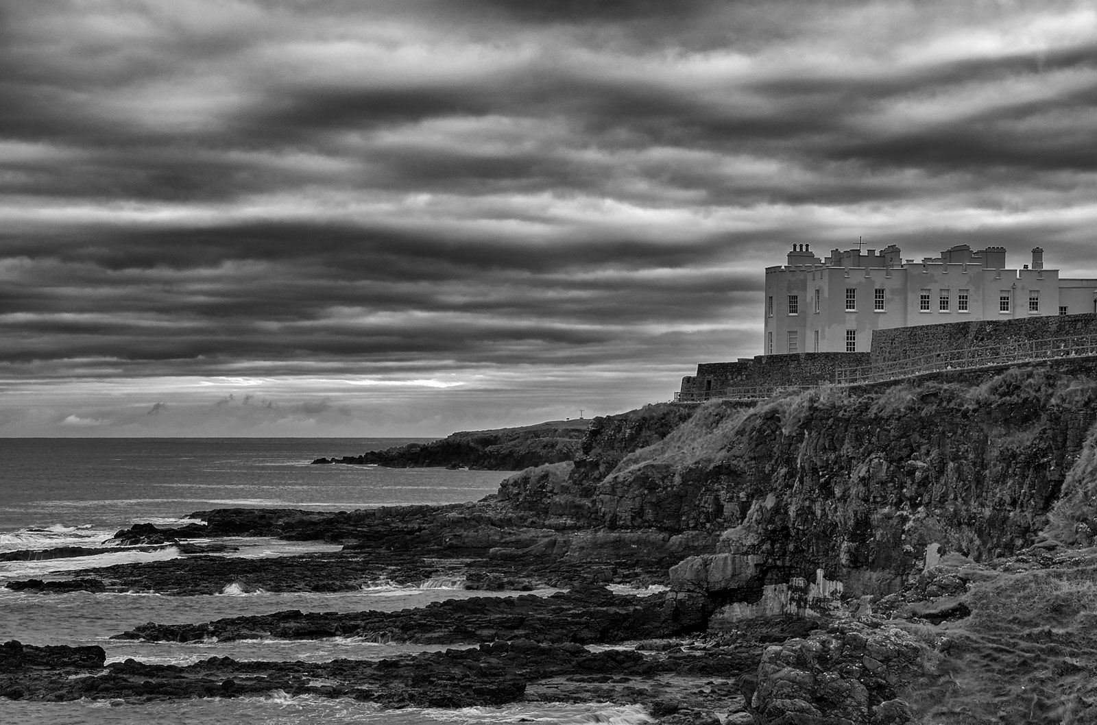 Portstewart - The Old Convent - B&W - Geoff McGrath Photography