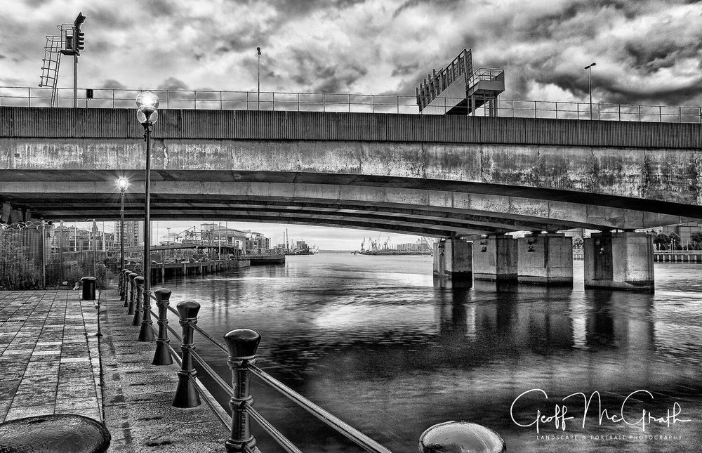 Cityscape---Landscape---Fine-Art---Northern-Ireland---Geoff-McGrath-Photography---Donegal-Quay-Overlooking-Lagan-River---2.JPG
