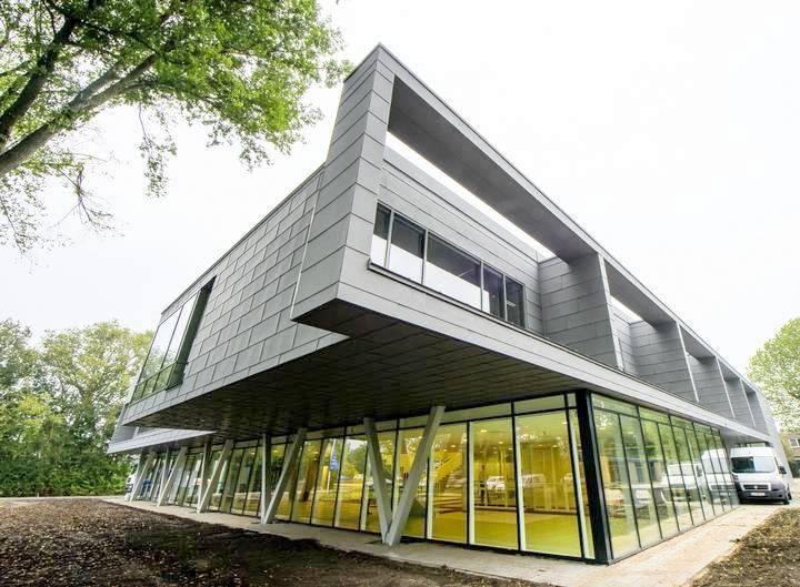 Petrus Canisius College - Heiloo (2)