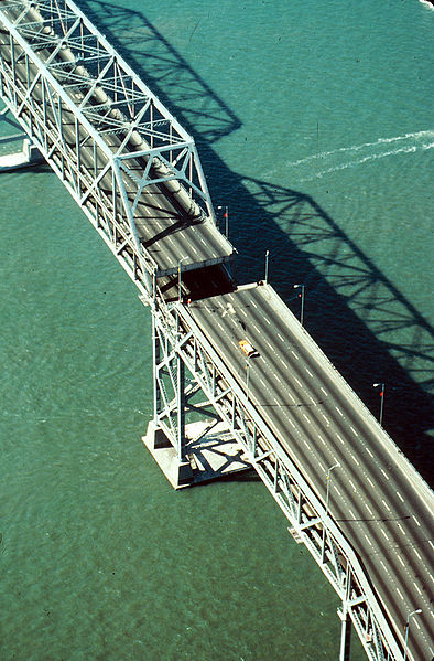 Aerial view of the Bay Bridge's collapse after the 1989 Loma Prieta earthquake. Photo courtesy the U.S. Department of the Interior U.S. Geological Survey.